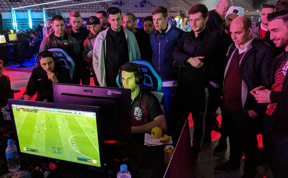 Fut Champions Cup 18 Day 1 Barcelona Starts With A Fizzle